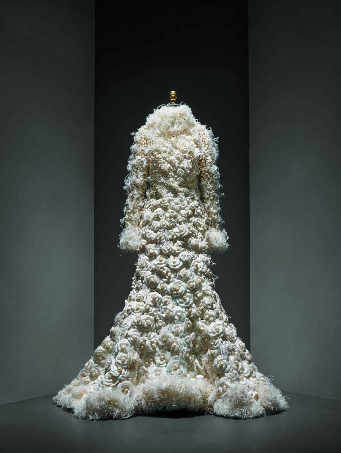13.WeddingEnsemble,KarlLagerfeldforHouseofChanel,Autumn2005