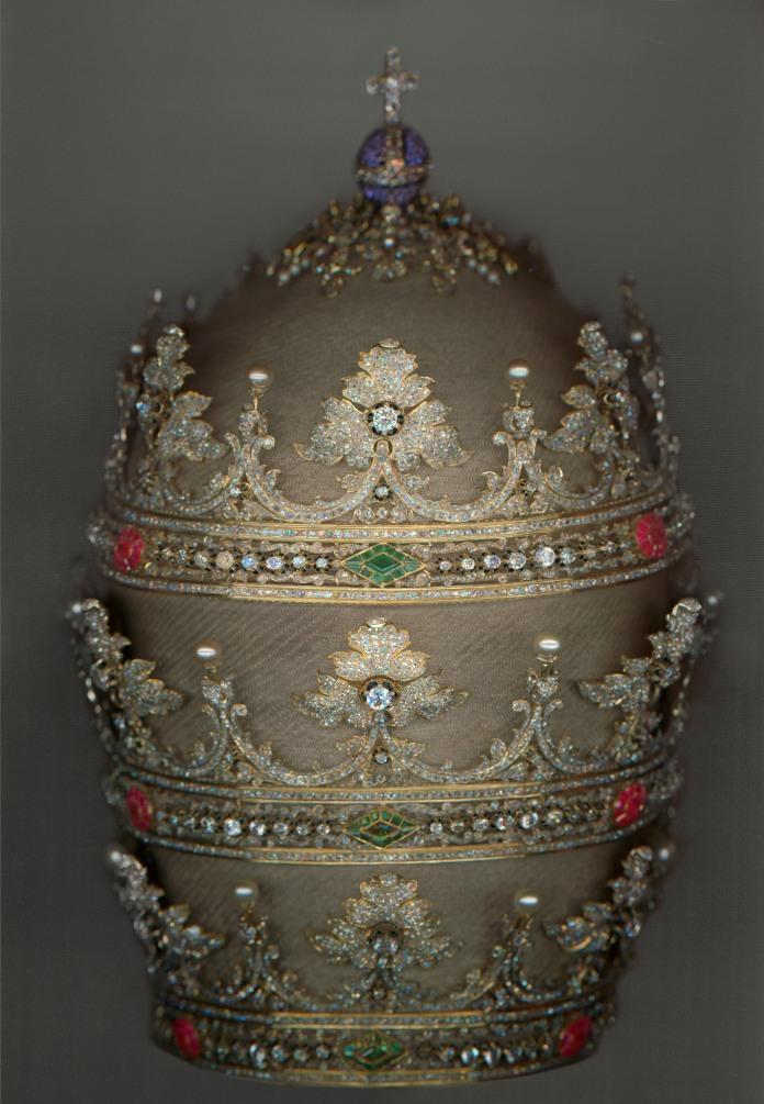 9. TiaraofPiusIX,1854.jpg